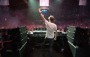 Good DJ and Bad DJ