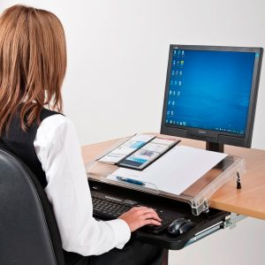 3 Benefits of using a microdesk
