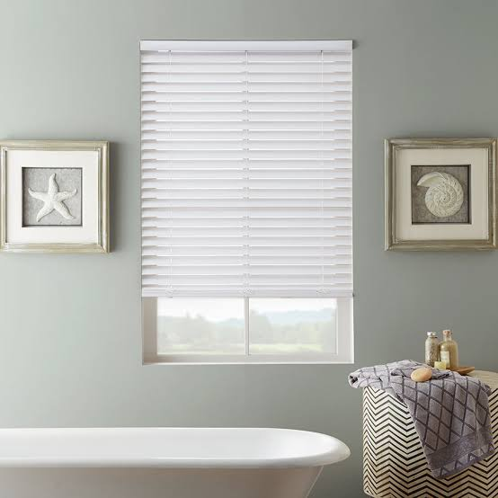 How to choose the right blinds for your bathroom?